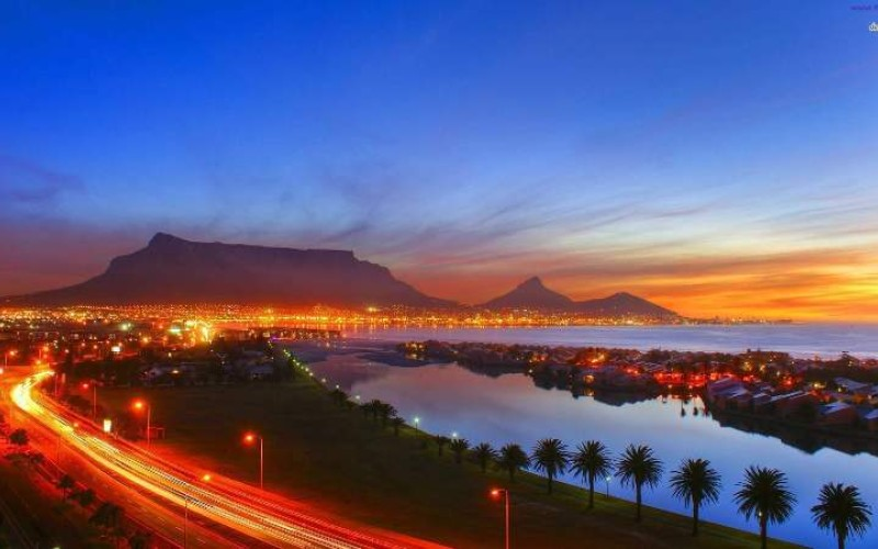 Beautiful-Cape-Town-Scenery-Photograph-Wallpaper-1